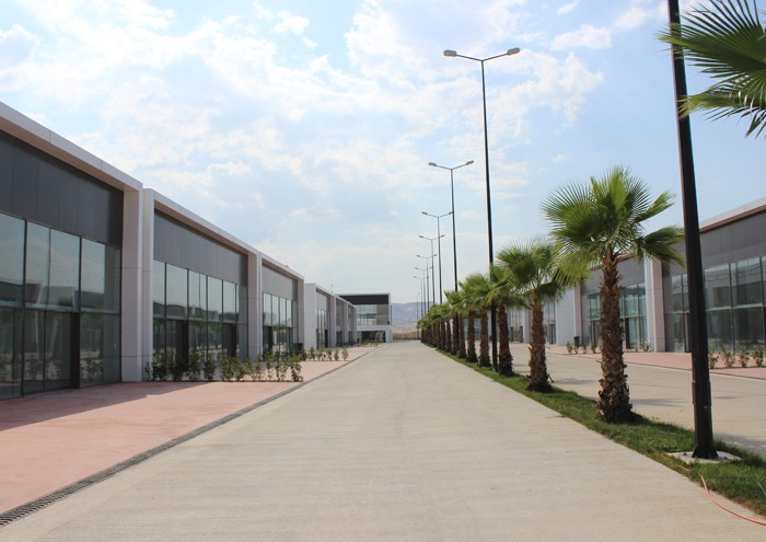 DENİZLİ AUTO SHOWROOM